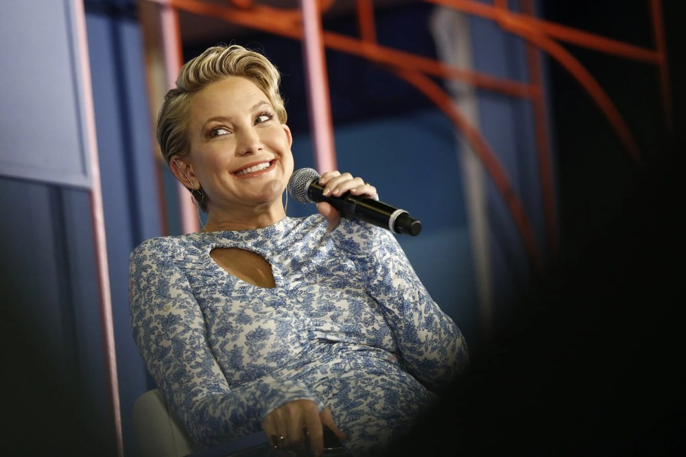 NEW YORK, NY - JUNE 09:  Kate Hudson speaks onstage during