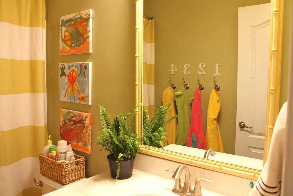 Kids Bathroom Decor Ideas   POPSUGAR Moms on Fun Bathroom Ideas  id=20609