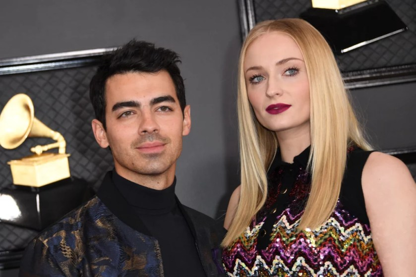 Sophie Turner's Louis Vuitton Minidress at the Grammys 2020 ...