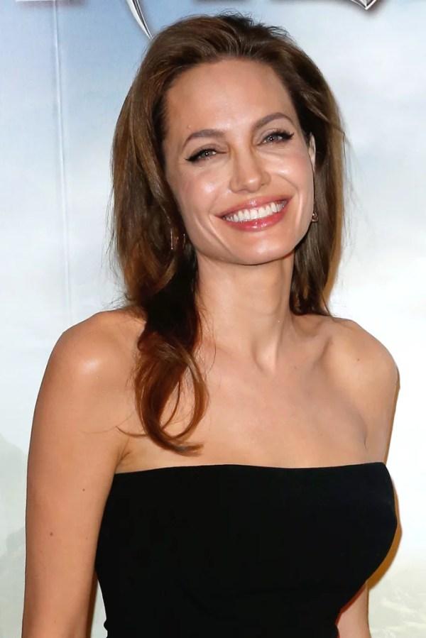 Angelina Jolie Best Beauty Looks Pictures POPSUGAR Beauty