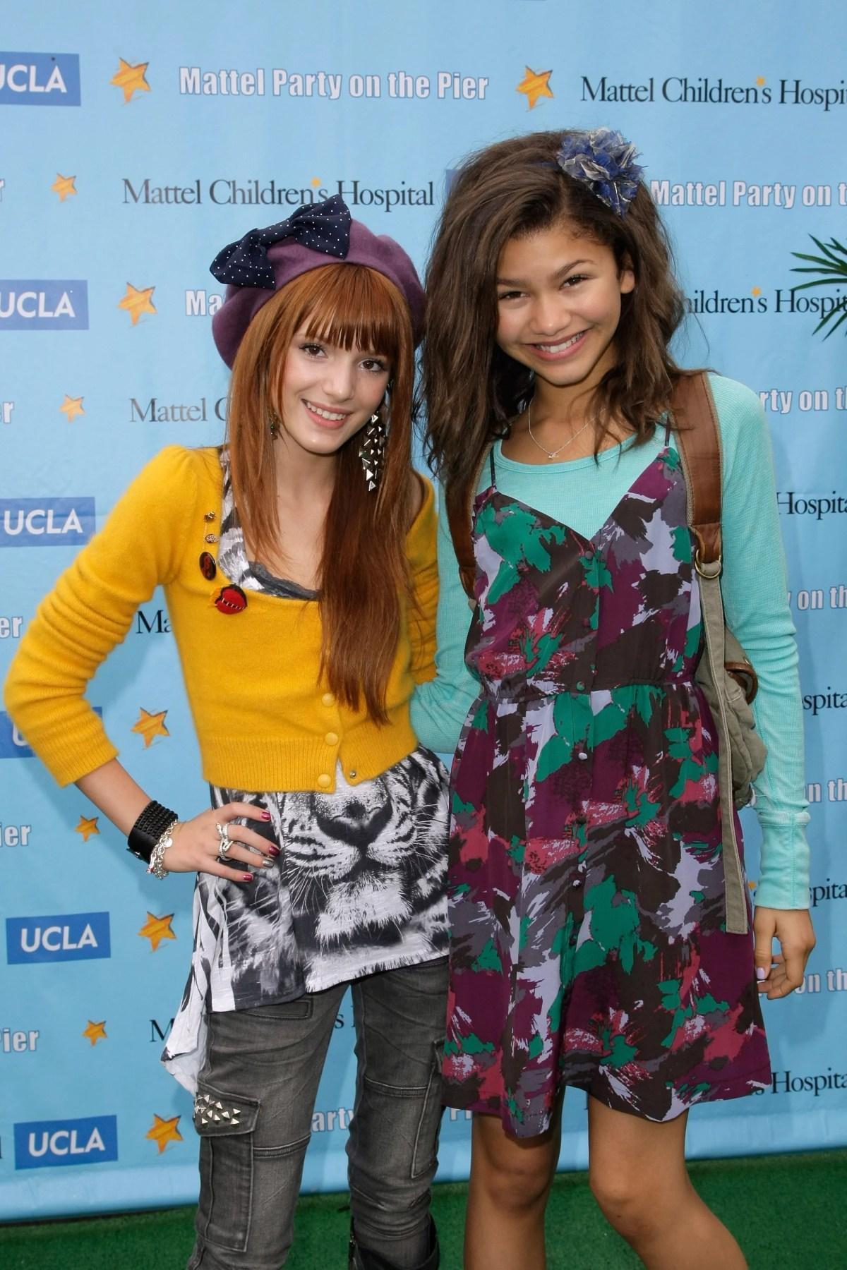 Best Photos of Bella Thorne and Zendaya | POPSUGAR Latina