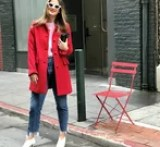 three Editors Model Gal Meets Glam's New Coat Line, and It will Get You within the Vacation Spirit