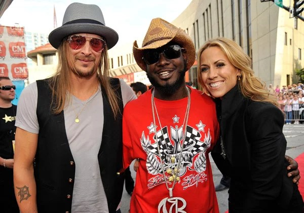 Photos from 2009 CMT Awards Including Taylor Swift, Sheryl ...