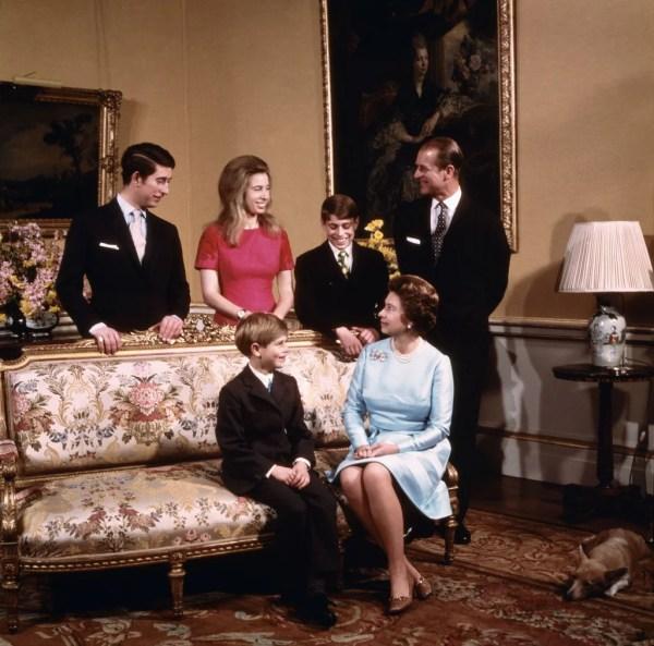 How Many Children Did Queen Elizabeth Have?   POPSUGAR ...