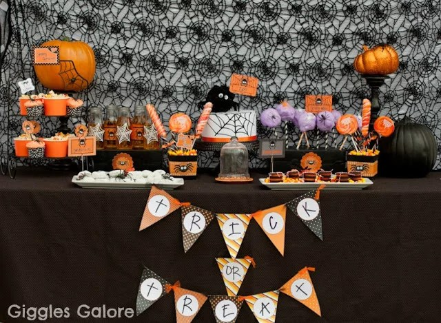 Every year, there's that one superhero film, hit tv show or viral meme that inspires everyone's costume ideas when halloween rolls around. Kid Friendly Halloween Party Ideas Popsugar Family