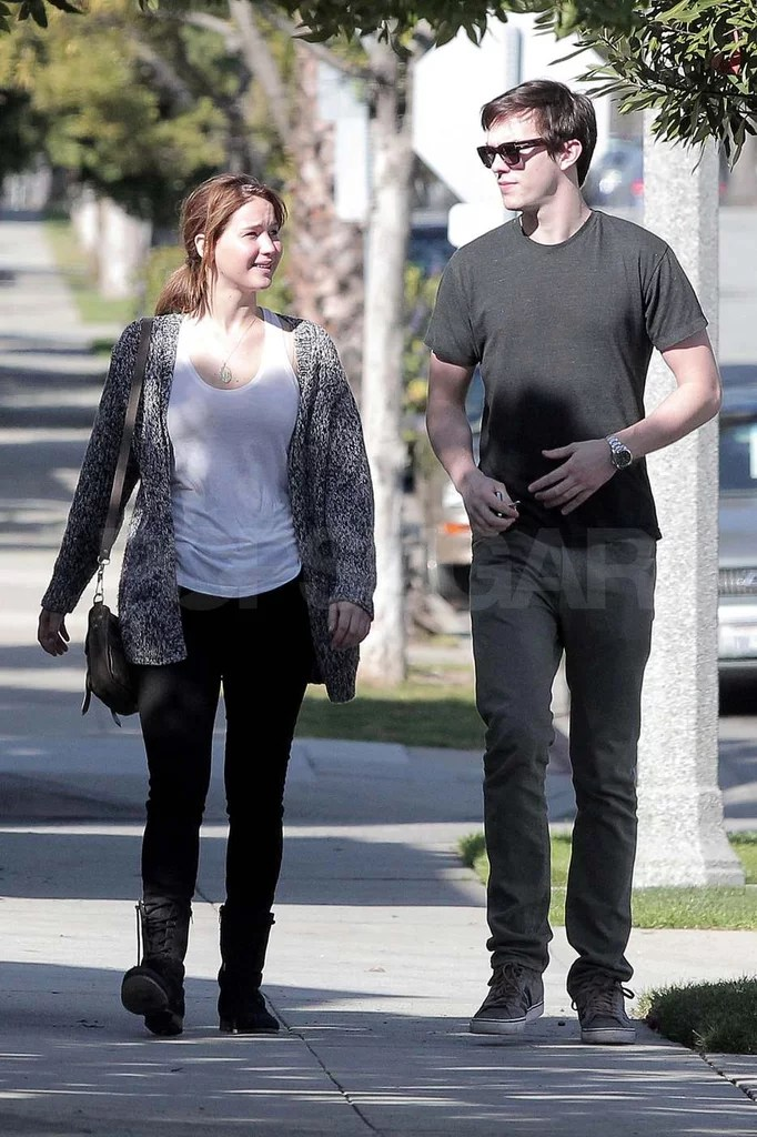 Jennifer Lawrence And Nicholas Hoult Valentines Day