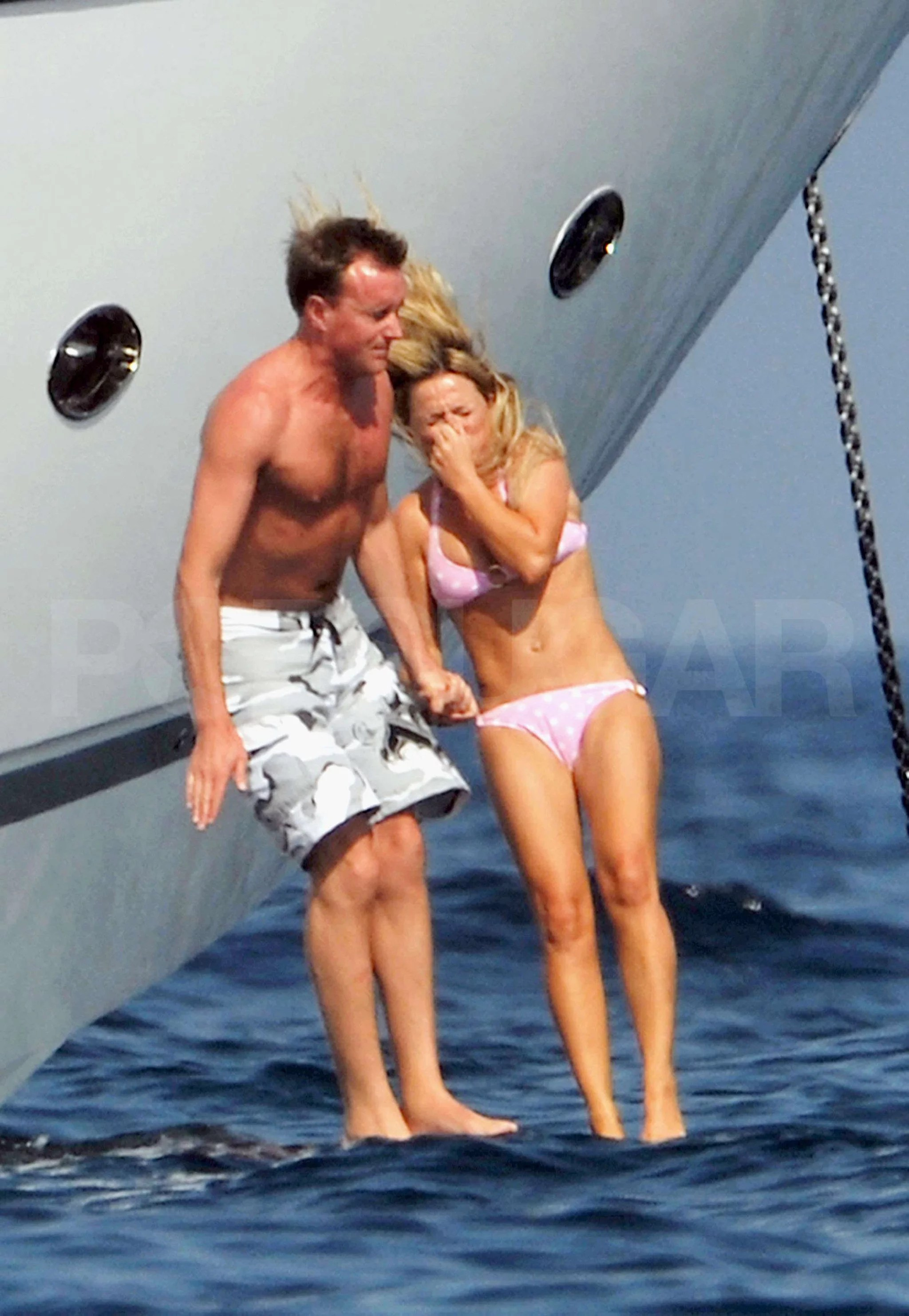 Bikini Photos Of Geri Halliwell With Bluebell And Henry