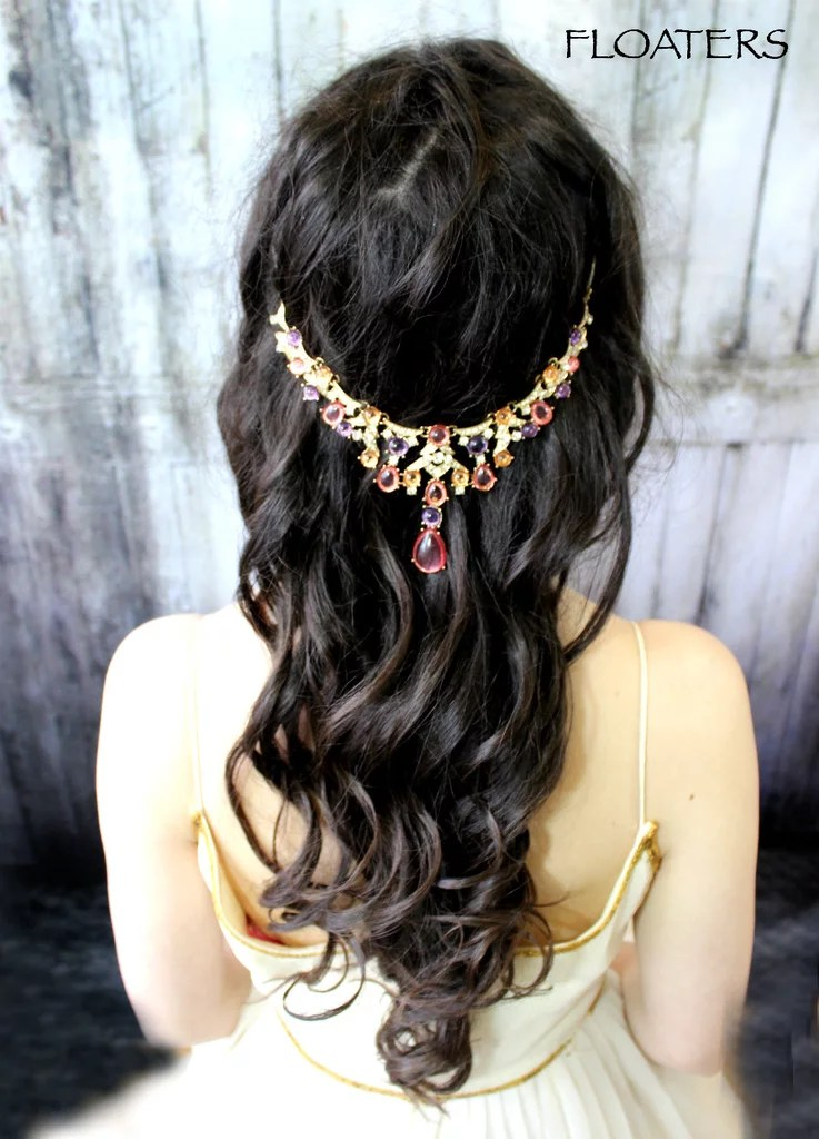Add Some Color To Your Wedding Day Look With A Headpiece