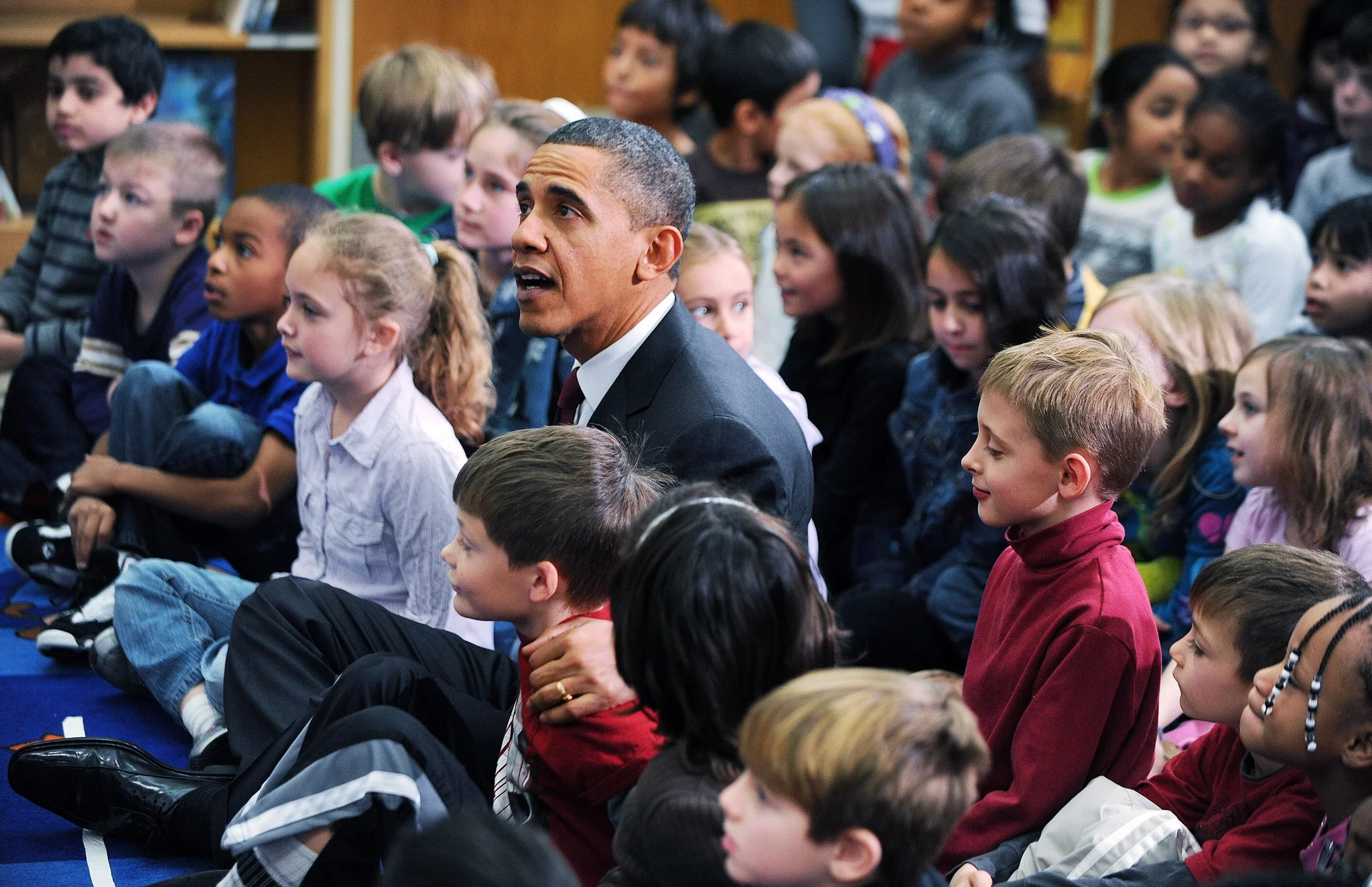 Pictures Of Barack Obama Reading His Children S Book