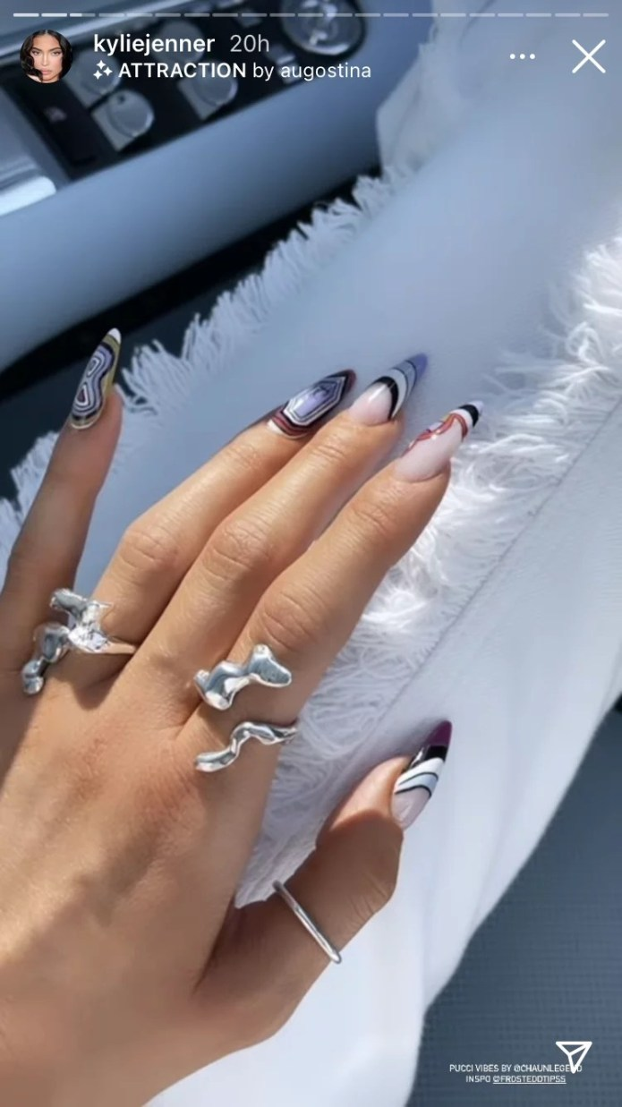 """Kylie Jenner's """"Pucci"""" Nail Artwork Is Main Manicure Inspo"""