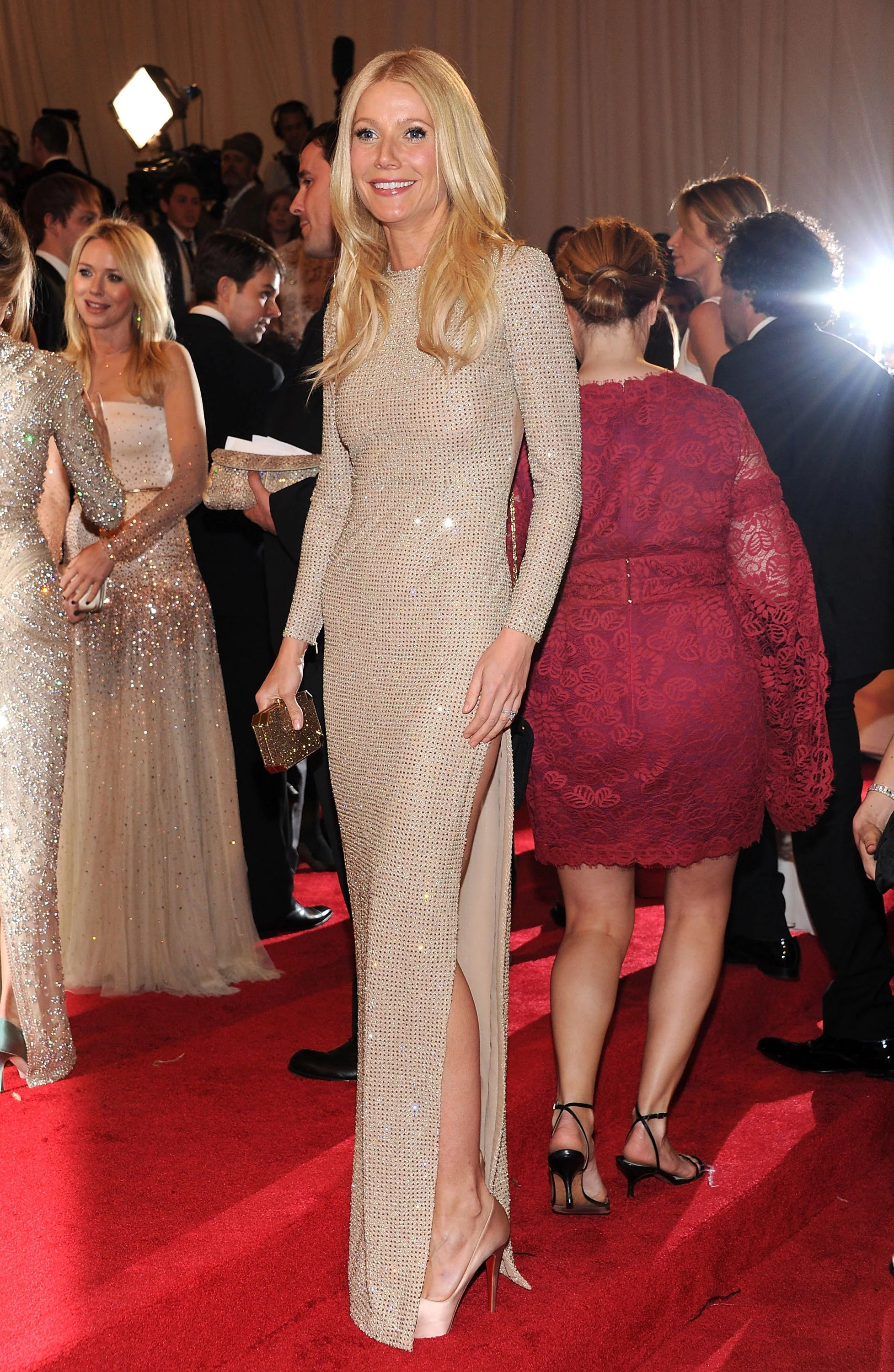 Pictures Of Gwyneth Paltrow In Backless Stella McCartney