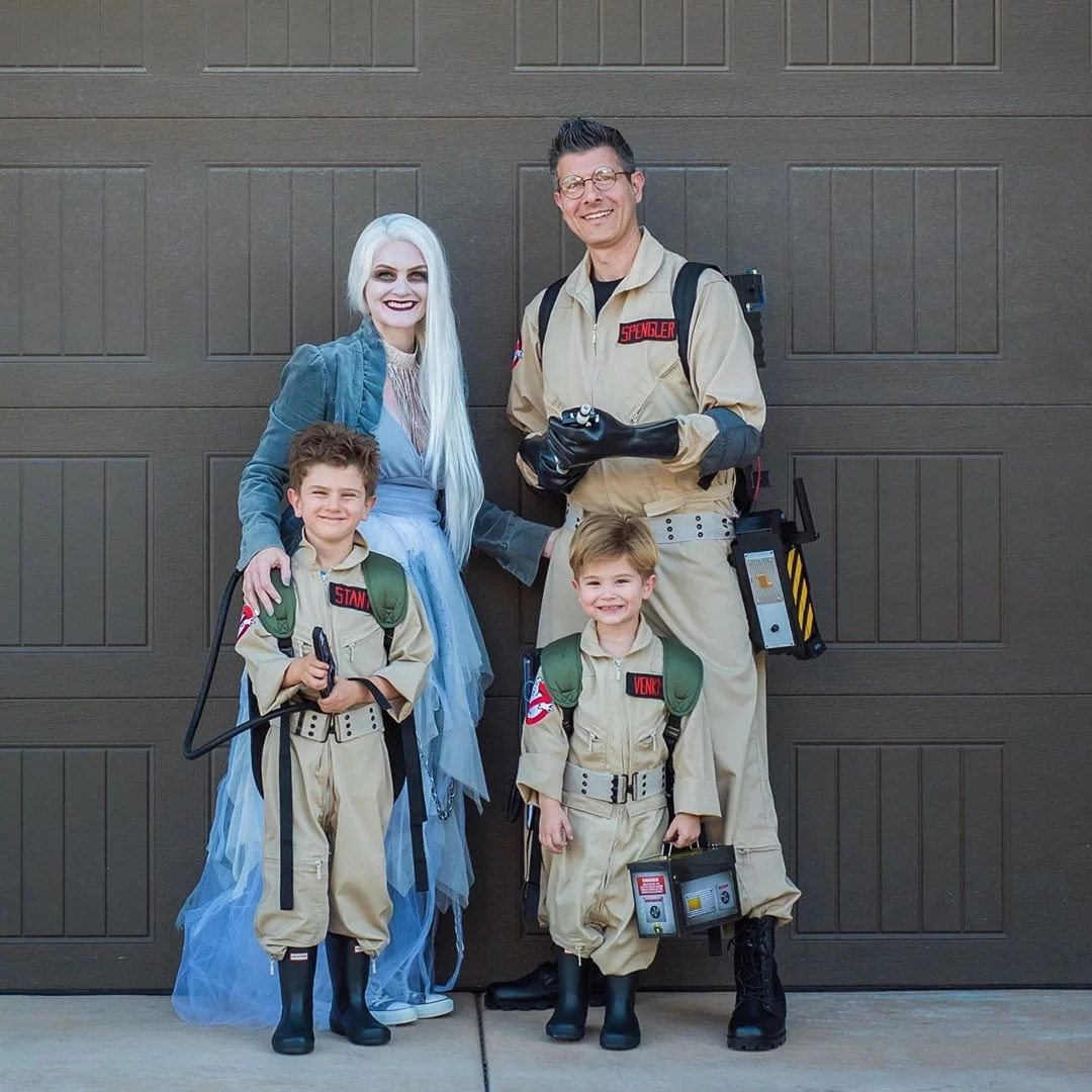Every year, there's that one superhero film, hit tv show or viral meme that inspires everyone's costume ideas when halloween rolls around. The Best Halloween Costumes For Families Of Four 2021 Popsugar Family