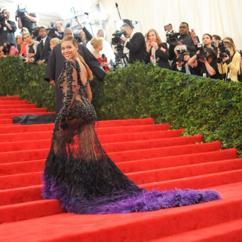 10 Outfits Beyoncé Wore That the World Will Never Forget
