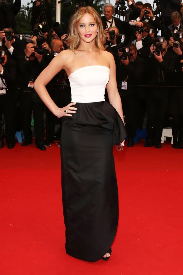 Jennifer Lawrence got glamorous in a Dior dress to hit the ...