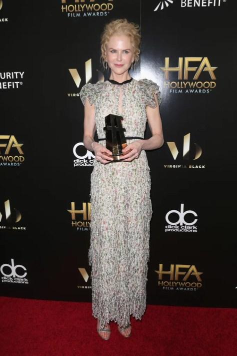 Nicole Kidman Wearing Giambattista Valli