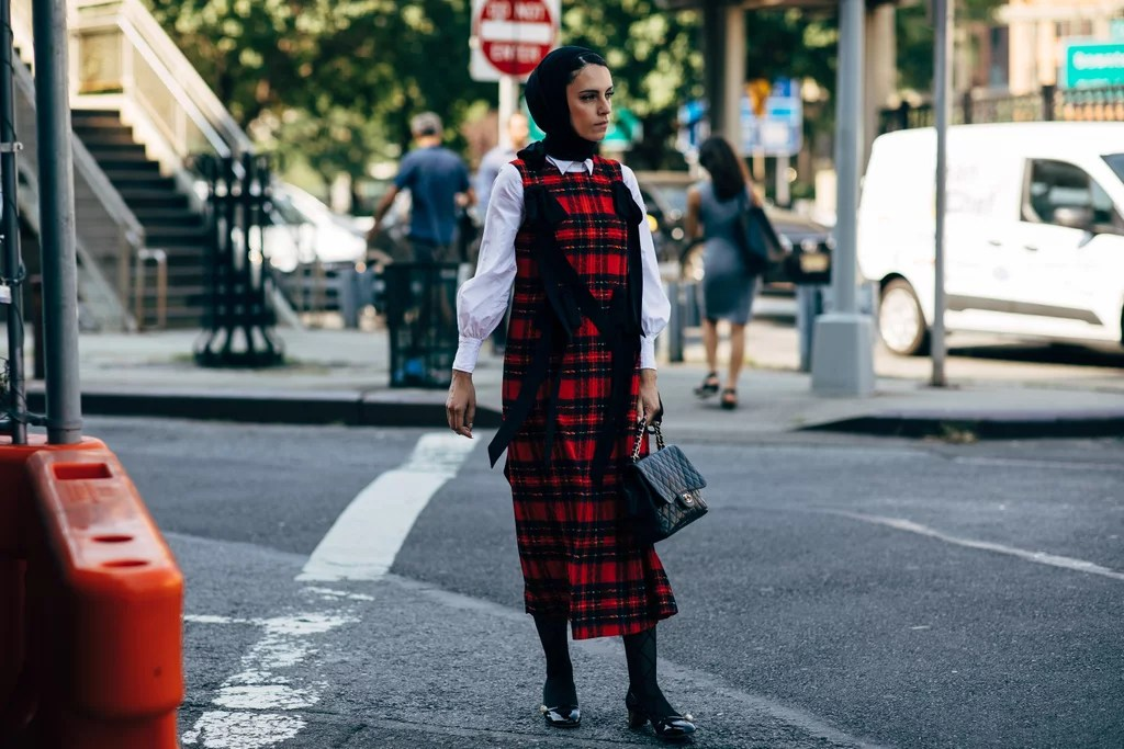 New York Fashion Week Street Style Spring 2019   POPSUGAR Fashion     New York Fashion Week Street Style Spring 2019