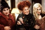 Say What?! The Iconic Friends Fountain Was Also in Hocus Pocus, and I Have Questions
