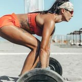 If You're Trying to Build Muscle and Not Seeing Results, Follow This Expert's Simple Advice