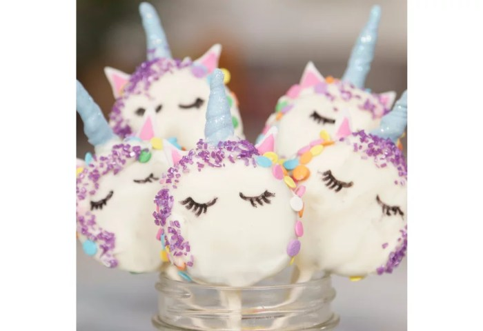 Lisa Frank Ophiles Need To Make These Unicorn Oreo Pops Asap