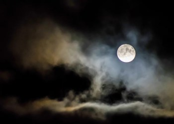 There Will Be a Blue Moon on Halloween This 12 months, So Get Ready For an Extraspooky Night