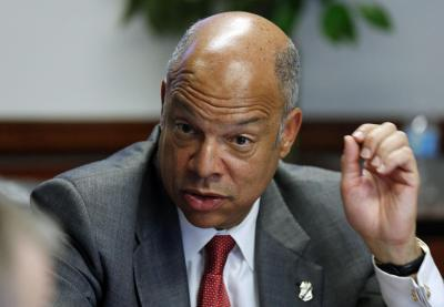 https://i1.wp.com/media1.s-nbcnews.com/i/newscms/2014_22/473701/140529-jeh-johnson-mn-851_60fccc3ca5a5c78caceca6581699837f.jpg?resize=400%2C277