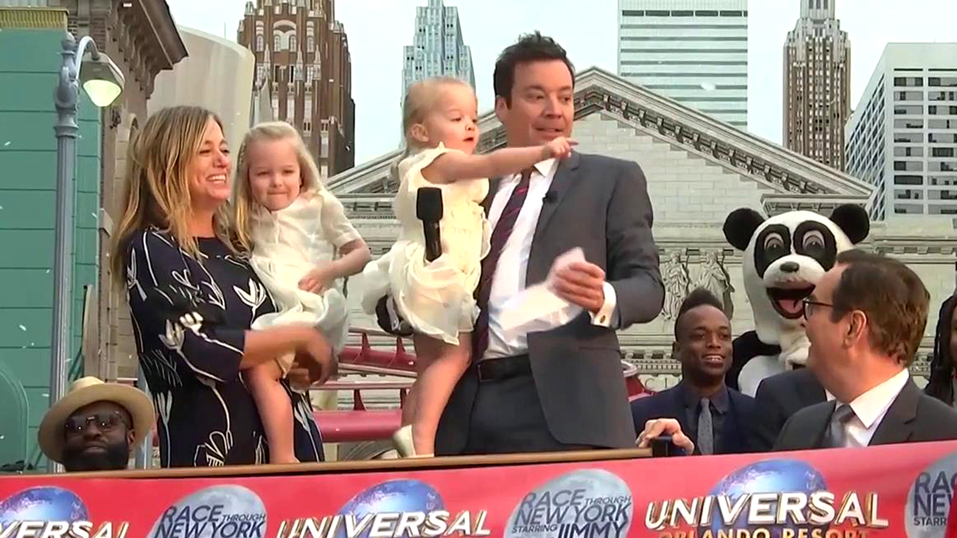 Jimmy Fallon S Daughters Steal The Spotlight During Dad S