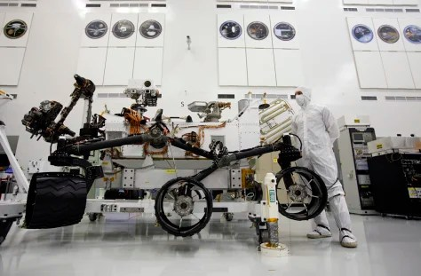 Work proceeds around the clock on Mars rover - Technology ...