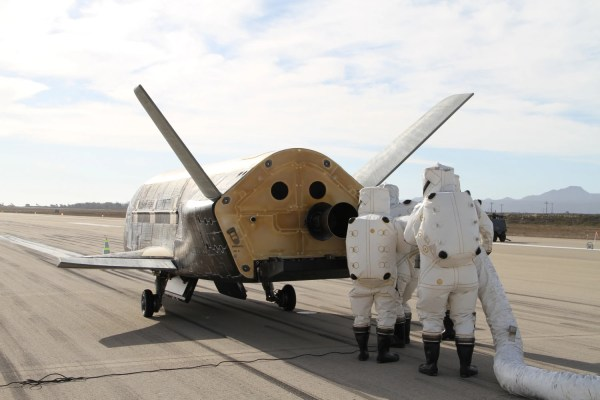 Secretive X37B Military Space Plane Preps for Another