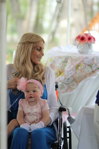 Mom diagnosed with pregnancy-associated cancer dies day after daughter's first birthday
