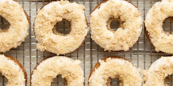 Baked Brown-Butter Banana Bread Doughnuts