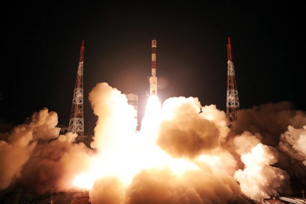 India plans to launch first Mars mission test large