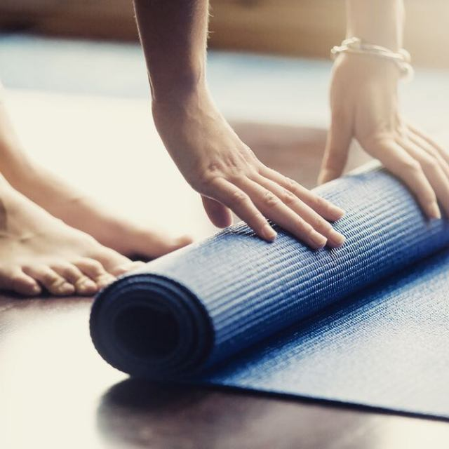 Rullar du ut mattan idag fr att fira Internationella Yogadagen?hellip
