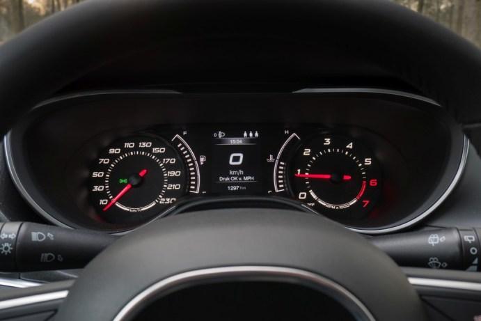 Afbeeldingsresultaat voor Fiat Tipo dashboard