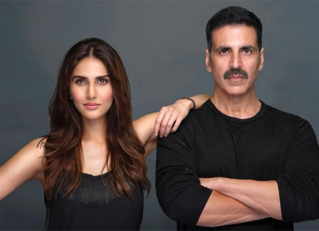 """Akshay Kumar can ace any genre"" - says Vaani Kapoor who is paired opposite him in Bellbottom"
