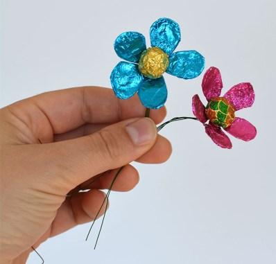 Blommor av godispapper