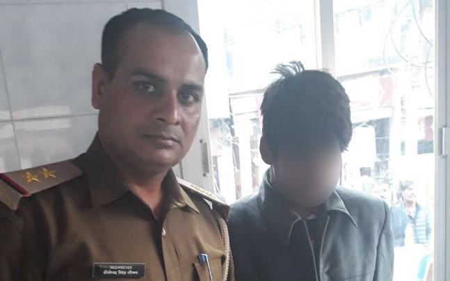 Accused teenager with Noida Police