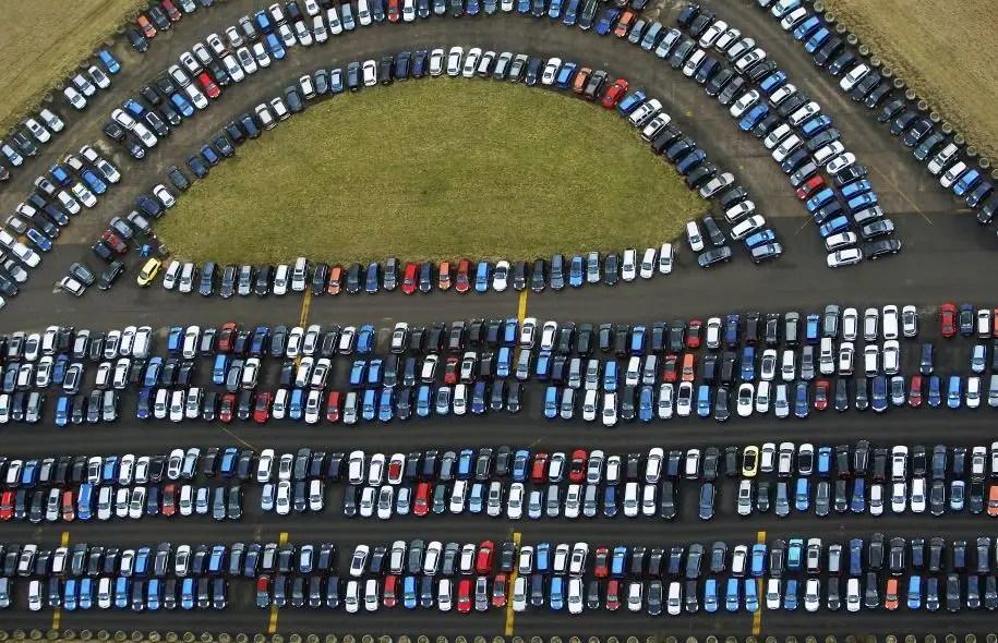 Deux secteurs stratégiques sont particulièrement effrayés par la perspective d'un échec des négociations: les puissants services financiers et l'industrie automobile en pleine renaissance.