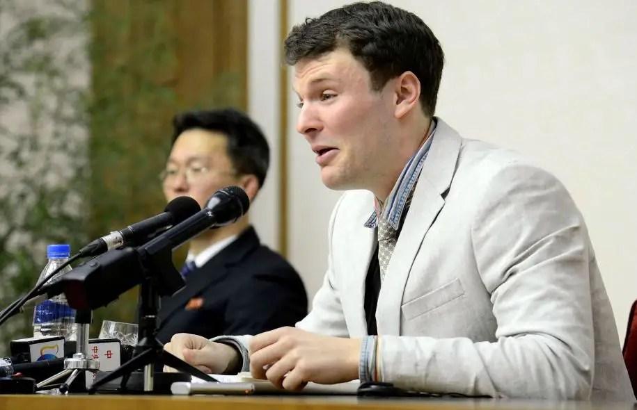 Otto Warmbier au début de l'année dernière, lors d'une conférence de presse à Pyongyang
