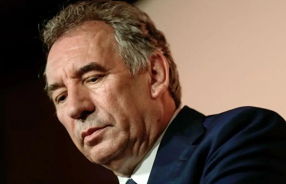 L'actuel ministre de la Justice, François Bayrou, a annoncé mercredi qu'il quittait ses fonctions au sein du gouvernement.