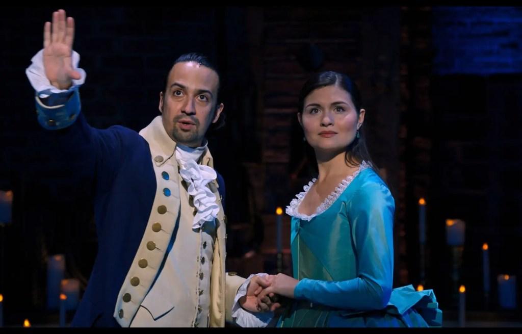 La captation vidéo de «Hamilton» rend-elle justice à l'immensément populaire comédie musicale historique de Lin-Manuel Miranda? Notre critique du musical.