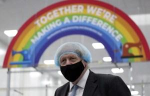 Vaccination: le gouvernement Johnson remporte son pari