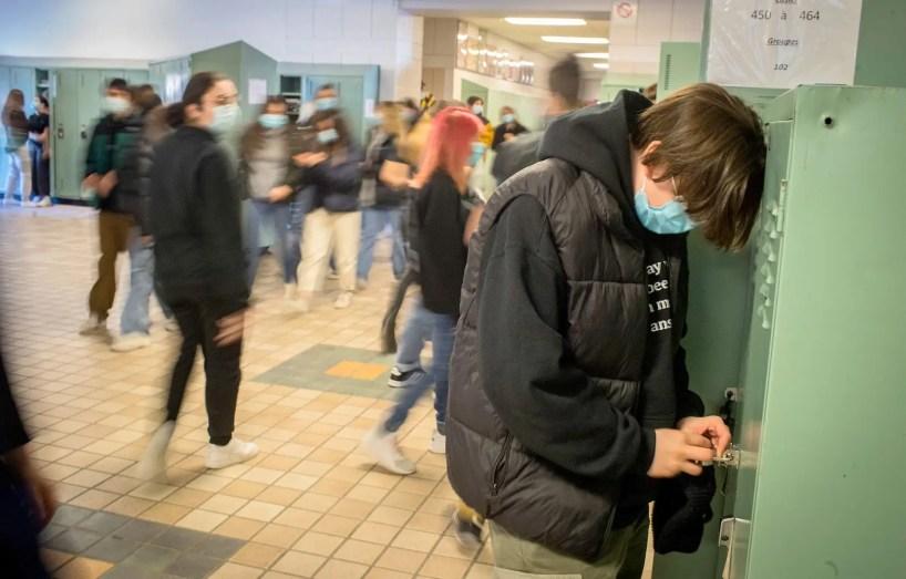 Il sera possible de prendre un rendez-vous pour se faire vacciner contre la COVID-19 dans au moins 350 pharmacies de Montréal à compter du 15 mars.
