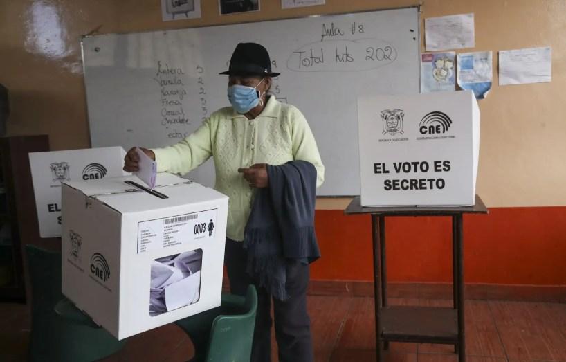 Le vétéran conservateur Lasso remporte la présidentielle équatorienne