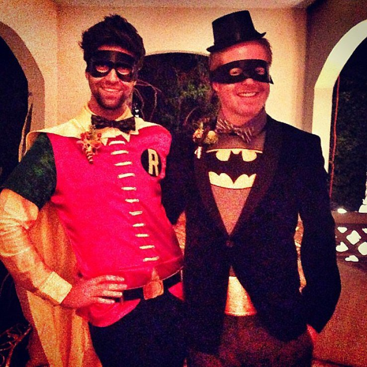 Jesse Tyler Ferguson and Justin Mikita dressed as superheroes Batman and Robin.<br /><br /> Source: Instagram user jessetyler<br /><br />