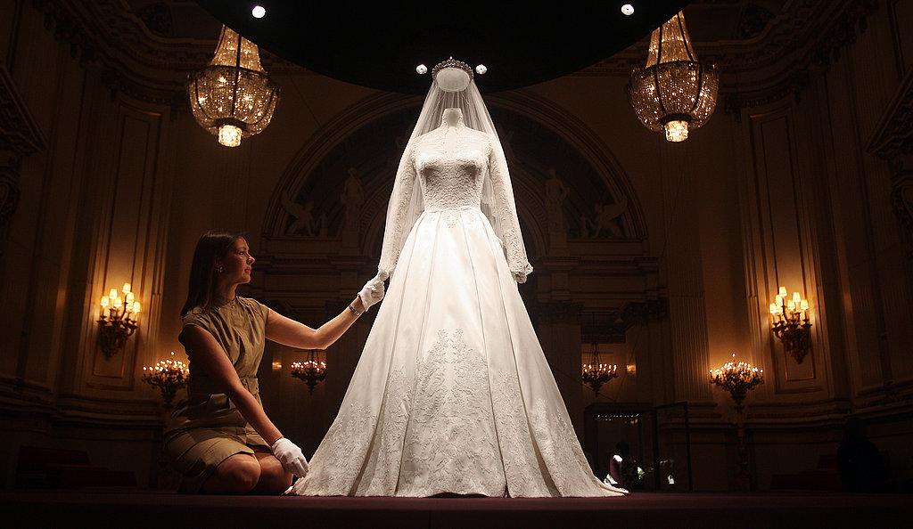 Kate Middleton Buckingham Palace Wedding Dress Display