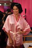 Adriana Lima fa la storia alla sfilata di moda di Victorias Secret
