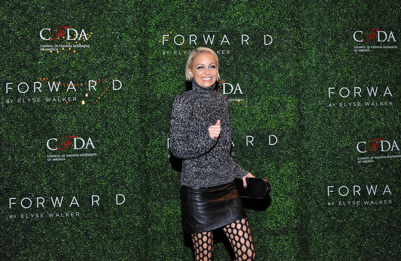 Nicole Richie risulta il calore ad un evento Modo Di andata della LA
