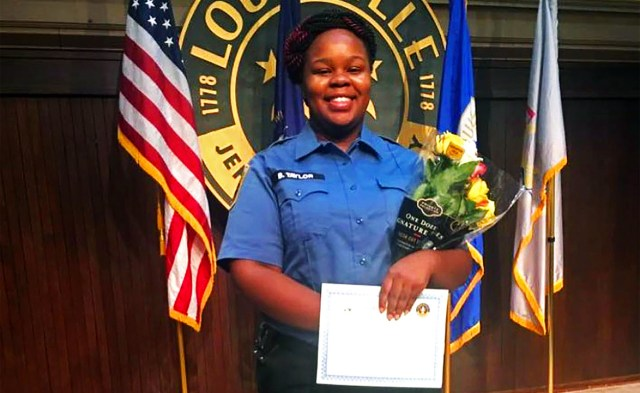 Breonna Taylor police shooting: What we know about the Kentucky ...