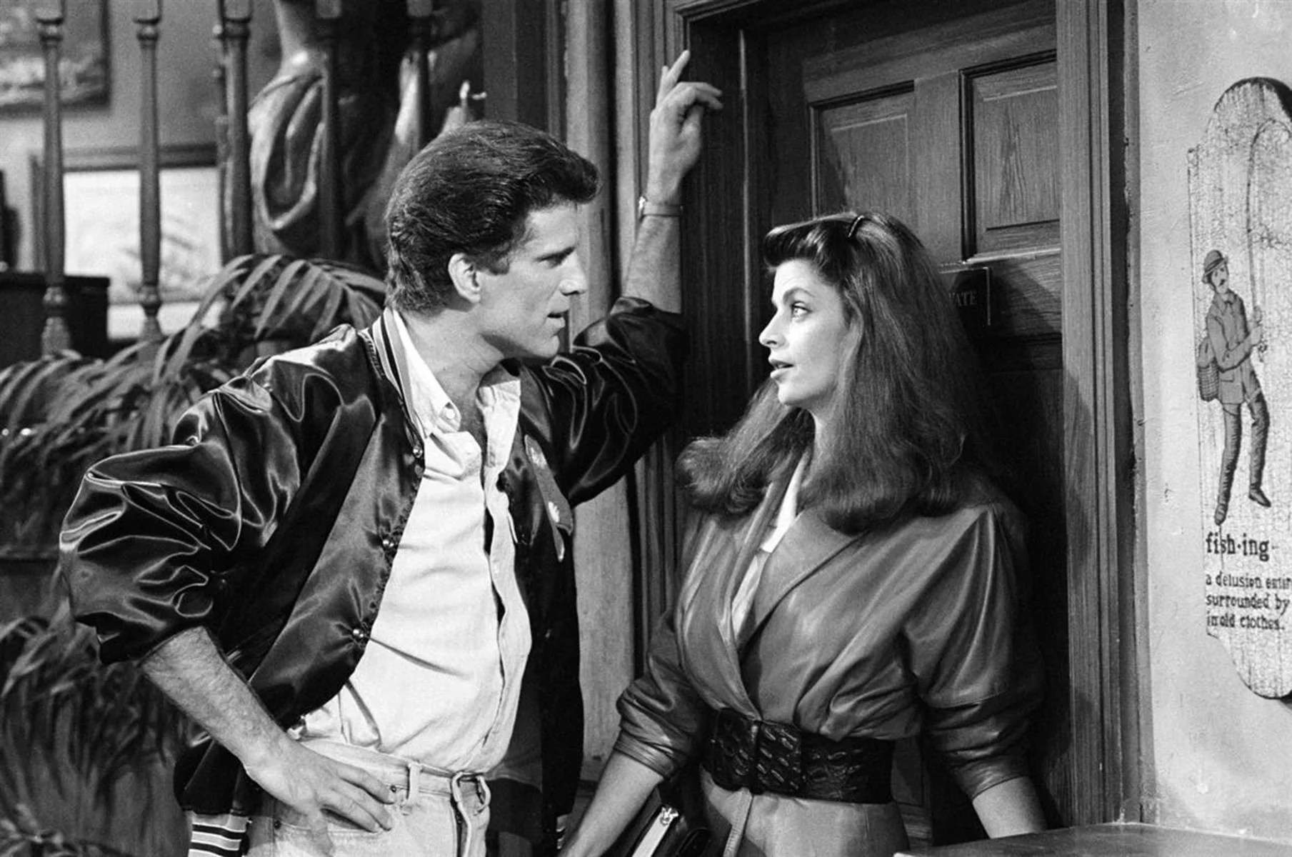 Back In The Bar Kirstie Alley Reunites With Cheers