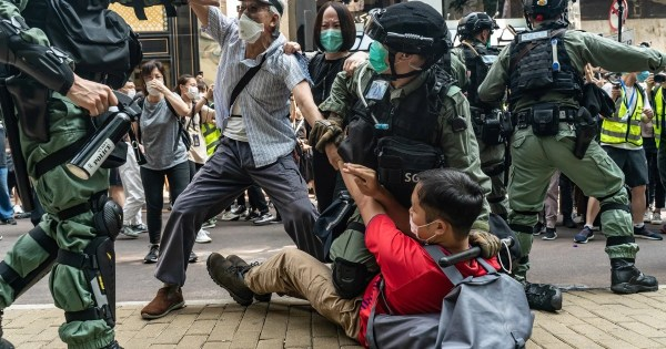 Hong Kong: Hundreds arrested as proposed security law ...